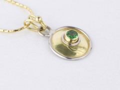 Tsavorite Garnet Gold Necklace