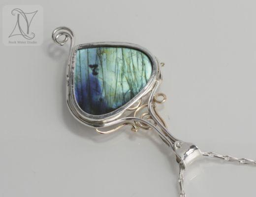 Stunning labradorite necklace back (g442)