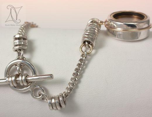 Golden Glow Compass Bracelet Gift for Girlfriend (g337)