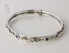 Botanical Bangle in Silver