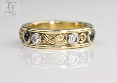 Handmade 18k Diamond Eternity Ring (g398)