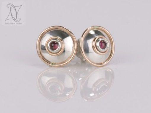 Garnet Lentille Earrings