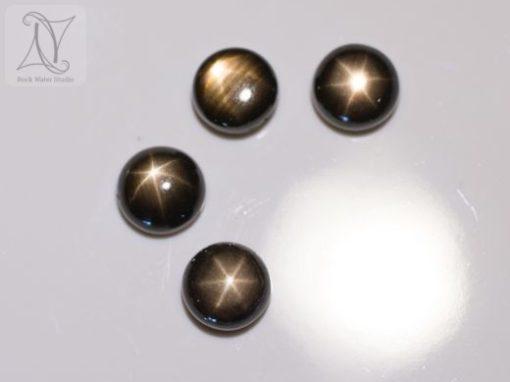 Black Star Sapphire (328)