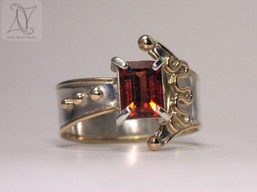 Garnet Libretto Ring