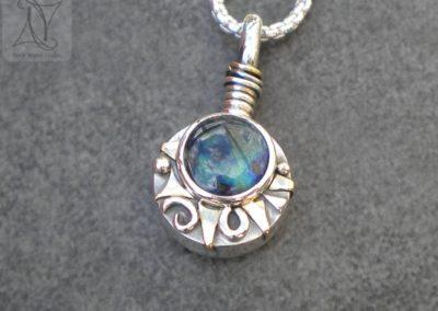 Aurora Borealis Sunshine Compass Necklace (g494)