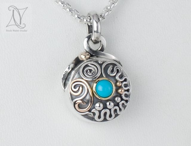 Turquoise Talisman Compass Necklace (g496)