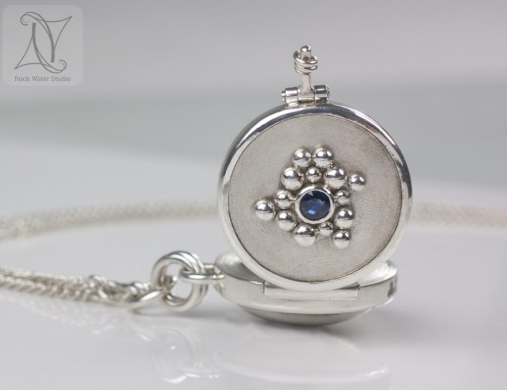 Handmade Sapphire Compass Locket (g314)