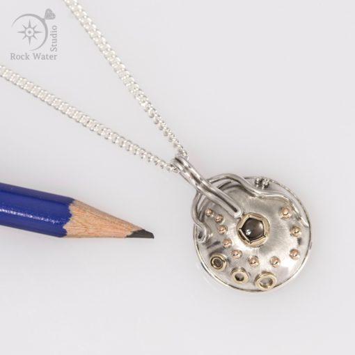Small button compass graduation gift (g506)