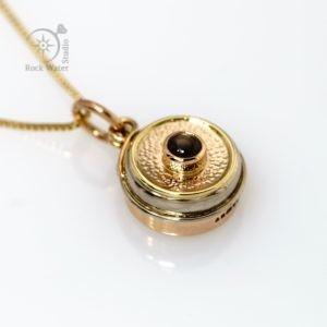 Black Star Sapphire Gold Compass Pendant (g483)