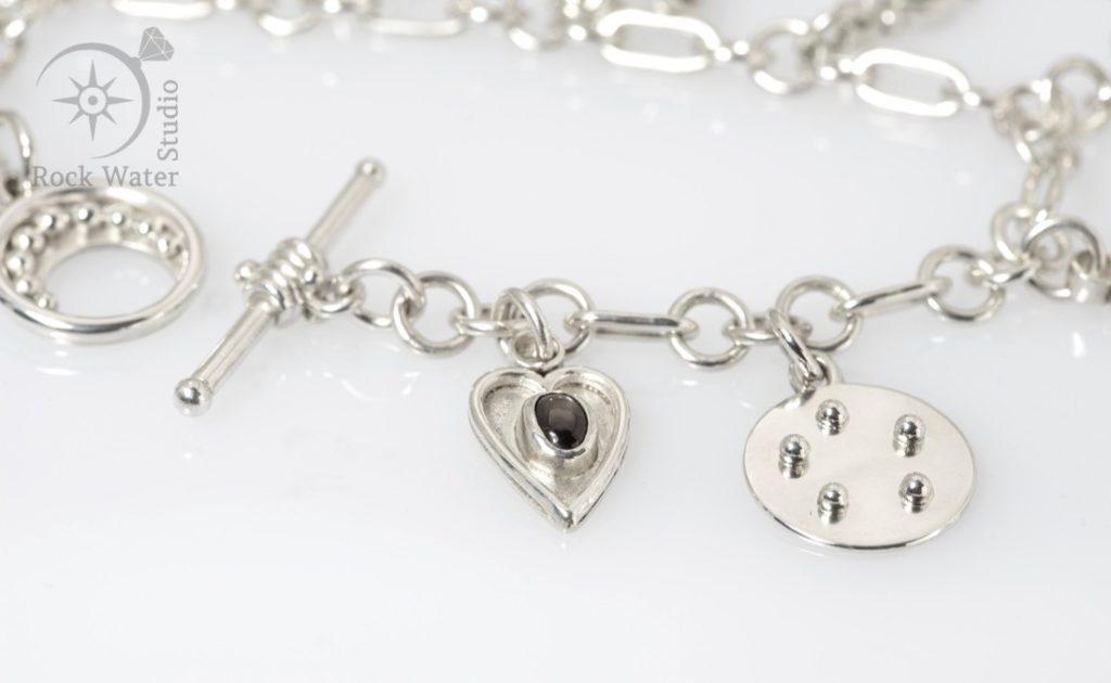 Love heart sapphire silver bracelet wedding anniversary gift (g519)
