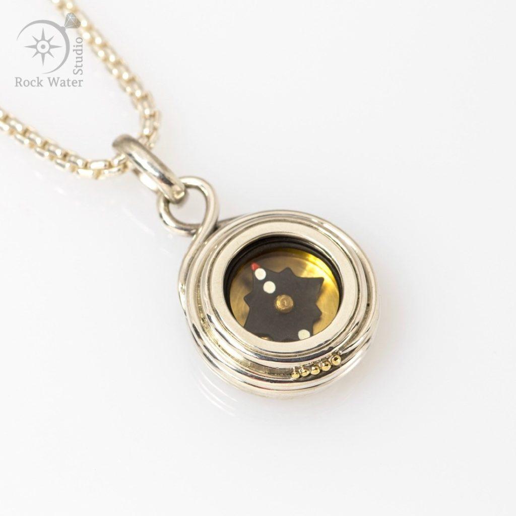 Eternity Working Compass Pendant (g458)