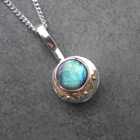 Silver Compass Pendant gift for girlfriend (g532)