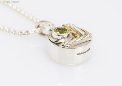 Handmade silver compass pendant gift (g537)