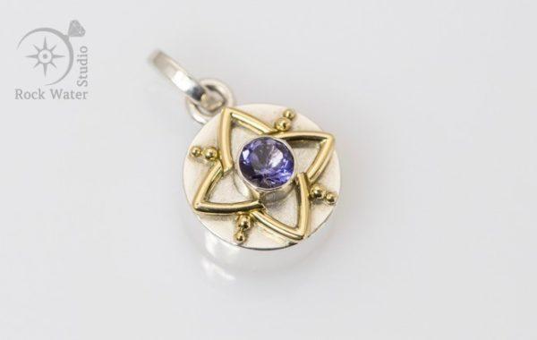 Vikings Gold Star Compass